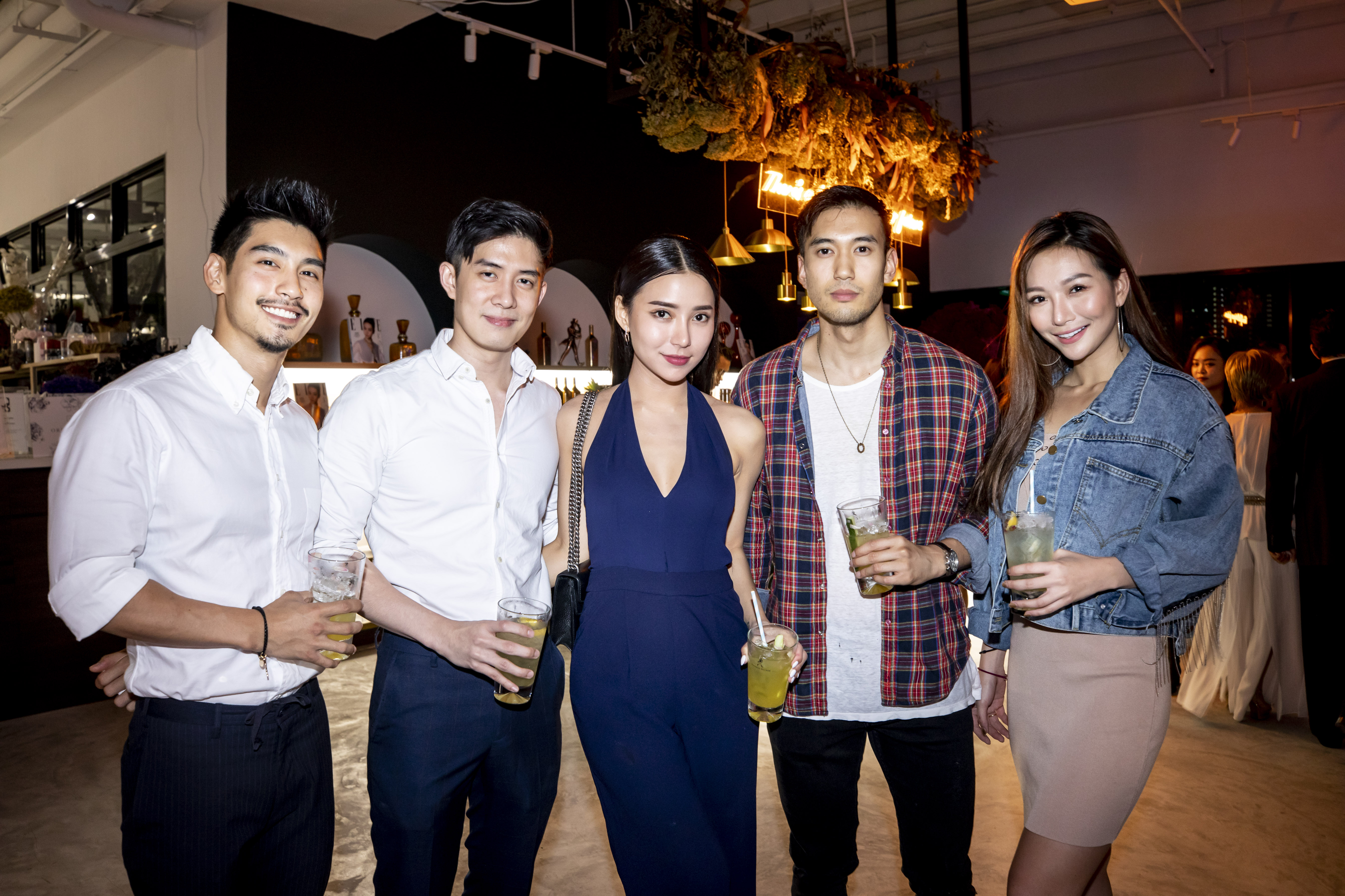 Robin Tiang, Daryl Ong, Venice Min, Alexander Yue and Abby Som