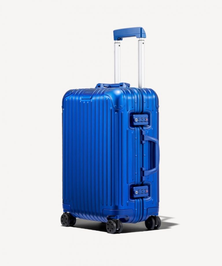 RIMOWA Holiday Gift Guide 2019_Blue