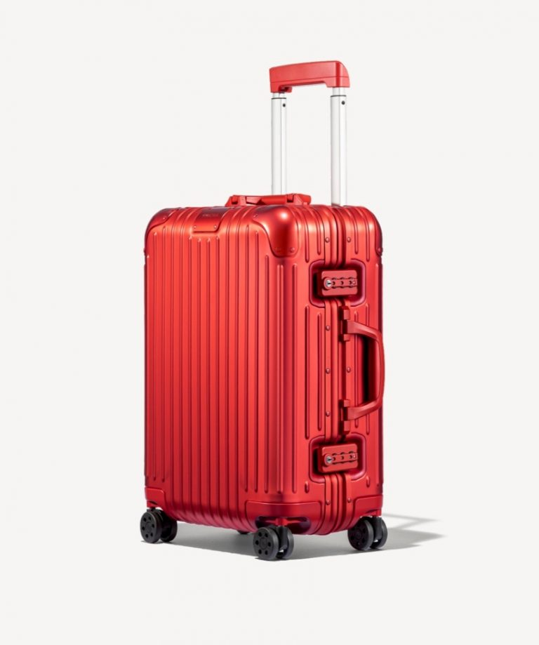 RIMOWA Holiday Gift Guide 2019_Red