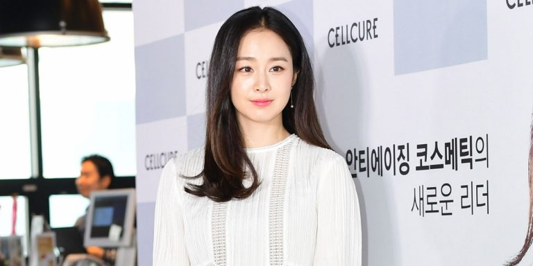 The Gorgeous Kim Tae-Hee Returns To Instagram Leading Up To Her K-Drama