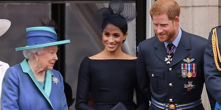 The Queen Announces An 'Agreement' Has Been Reached For Prince Harry & Meghan Markle