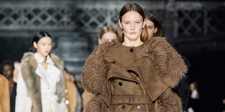 The Best Looks From The Nostalgia-Filled Burberry Fall/Winter 2020 Runway Show