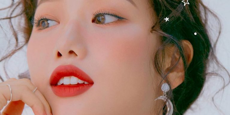 7 K-Beauty Lip Tints Taking Over Instagram