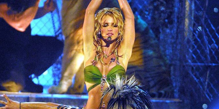 People Are Outraged Over The Connection Between Britney Spears And <i>Tiger King's</i> Doc Antle